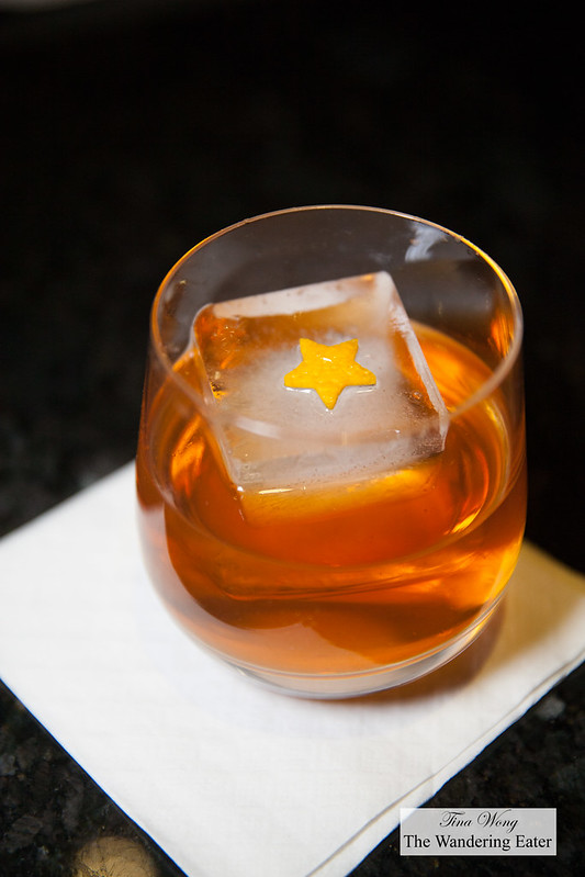 Old Rivalries with Suntory Hibiki Whisky - A double smoked Old Fashioned cocktail
