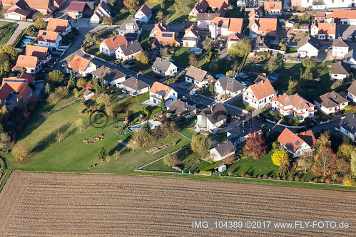 Schleithal (0.77 km South) - IMG_104389