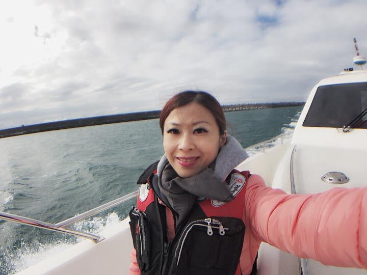 跟合作廠商出海體驗遊艇行程 (1)