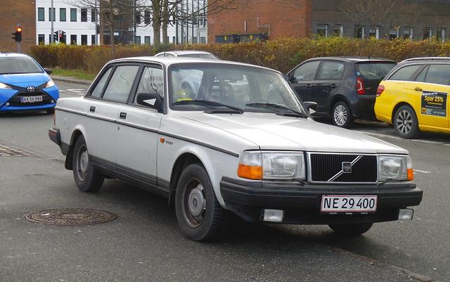 Volvo 240 NE29400, Nikon COOLPIX S6800