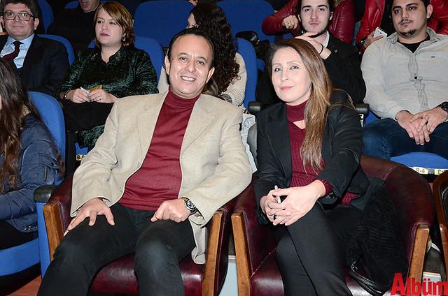 Alanya Belediye Tiyatrosu, Türk tiyatrosunun başyapıtlarından 'Gözlerimi Kaparım Vazifemi Yaparım' oyununu seyirciyle buluşturdu. -10