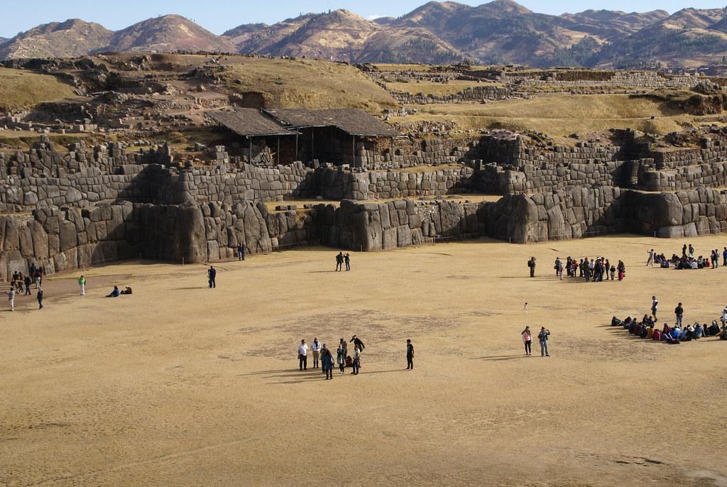 Grundmauern der Festung Sacsayhuaman