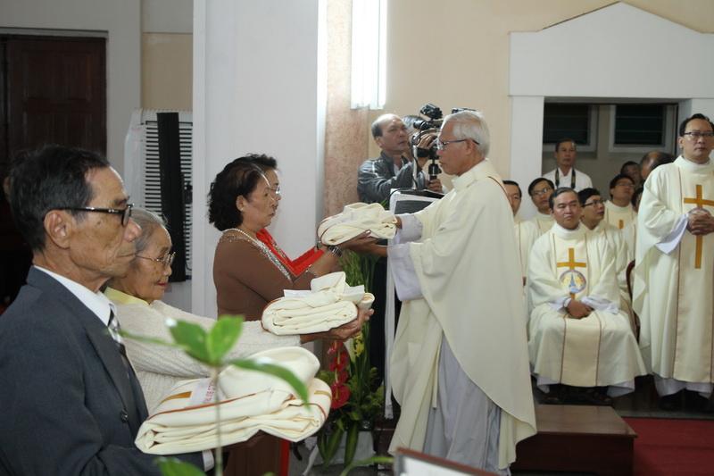 Thánh Lễ Truyền Chức Linh Mục Giáo Phận Qui Nhơn - Ảnh minh hoạ 85