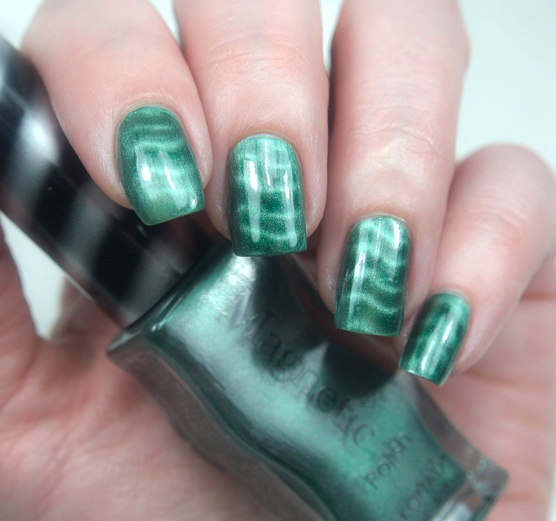 Konad Magnetic Green