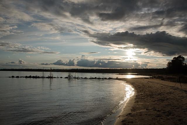 Quiet Shore D7C_5411.Explored