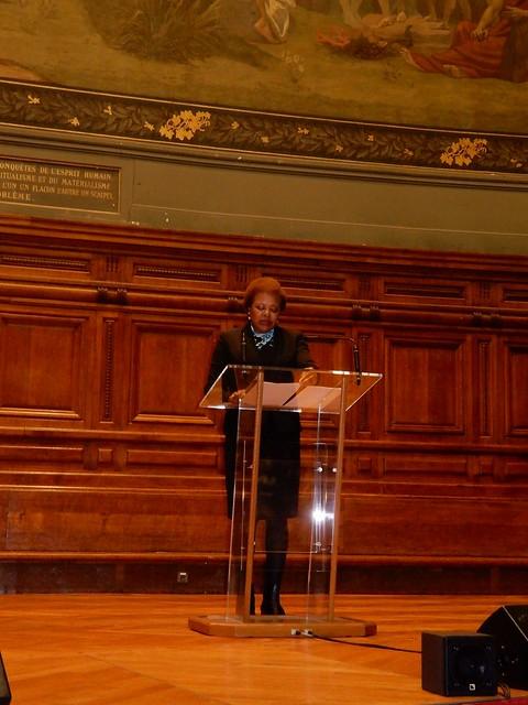 17.12.CPLP apoiou Congresso na Sorbonne Nouvelle