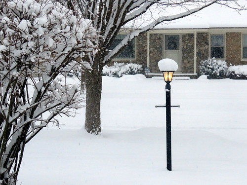 front yard lamppost