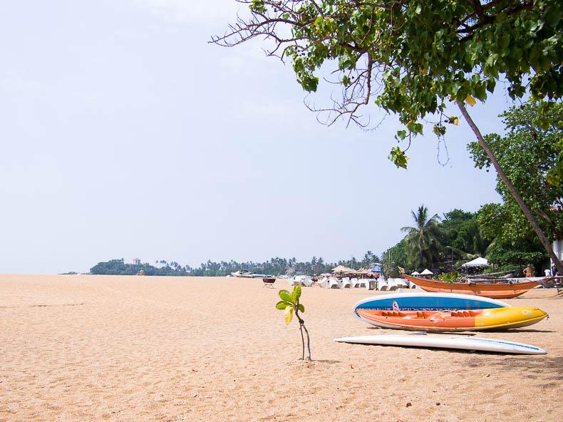 unawatuna-beach-sri-lanka
