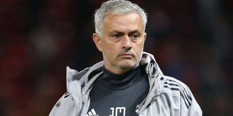Krisis Cedera, Mourinho Terpaksa Belanja Aktif Januari