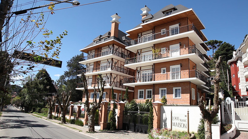 Louis Blanc Maison