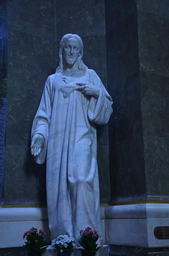 Statue vom Jesus in der Basilika