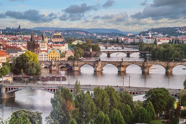Prague by je shoots
