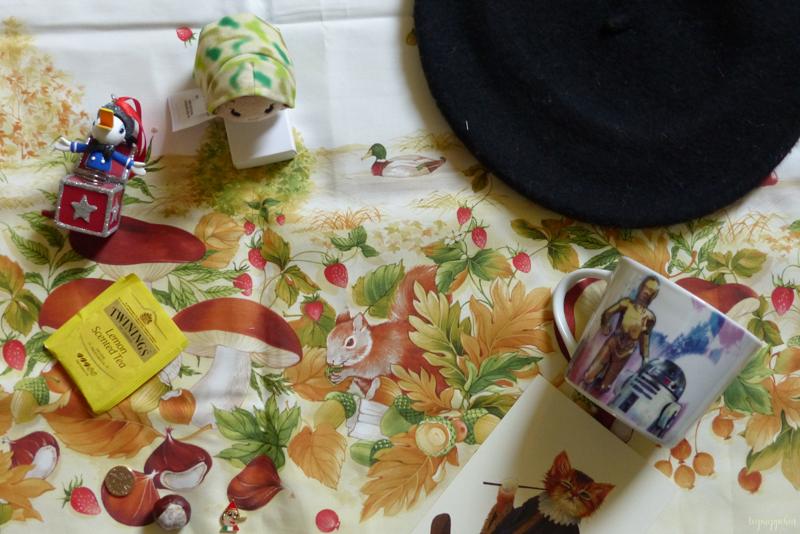 firenze florence travelling wanderlust italy renaissance souvenir donald duck disney fabric beret star wars