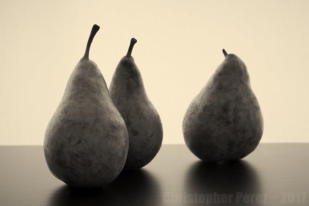 Nature Morte ~ Pears
