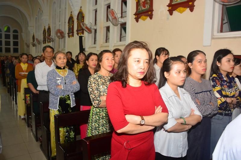 Thánh Lễ Truyền Chức Linh Mục Giáo Phận Qui Nhơn - Ảnh minh hoạ 23
