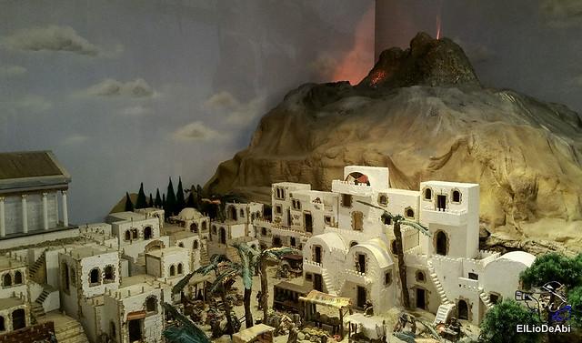 El Regimiento de Transmisiones nº 22 de Burgos monta el Belén 25