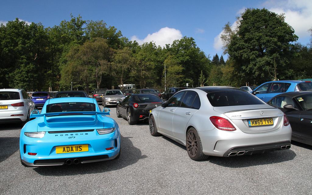 Porsche 911 GT3 & Mercedes-Benz C 63 S AMG.