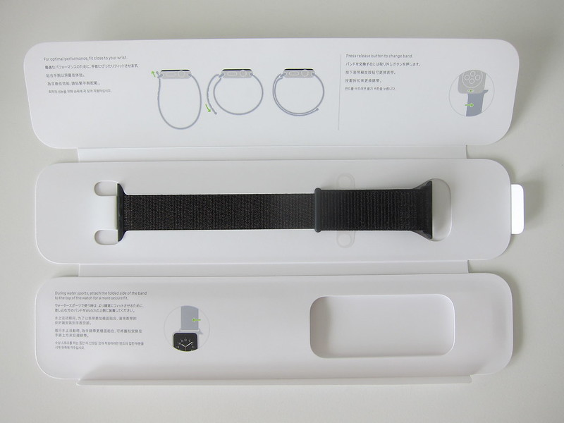 Apple Watch 42mm Black Sport Loop - Open