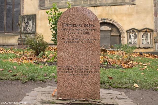 Tomba di Greyfriars Bobby al Greyfriars Kirkyard