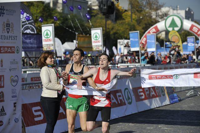 Michael_Marantelli _Kovacs_Tamas_10_kilometer_befuto_32_Spar_Budapest_Maraton_2017_sportmenu