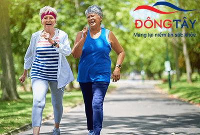 Đi bộ sẽ rất tốt cho bệnh dày thất trái, huyết áp cao