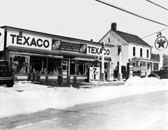 1930s Texaco Crompond Rd. (Rt. 202)