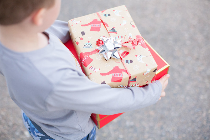 christmas-present-kid