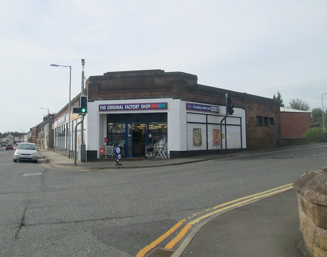 Lockerbie Corner Shop, Corner Aspect