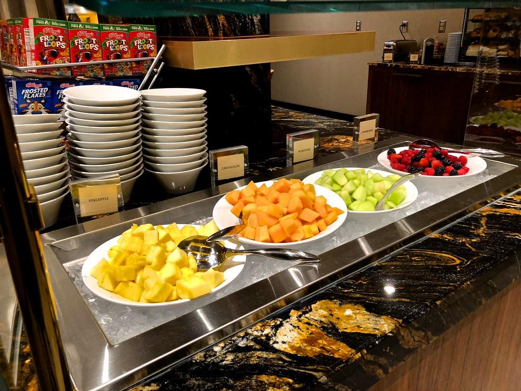 Hilton Americas Executive Lounge 25