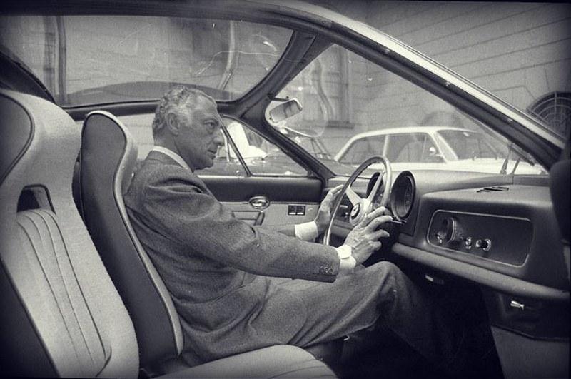 Un lunedì da Avvocato (e Gianni Agnelli, di gusto per le Ferrari, ne aveva