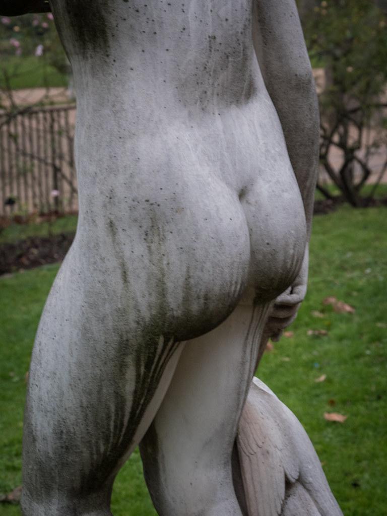 Statues du Jardin des Plantes 38360308885_7938650cc5_b