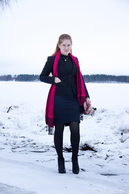 Asukokonaisuus, muotibloggaaja, tyylikäs talvipukeutuminen