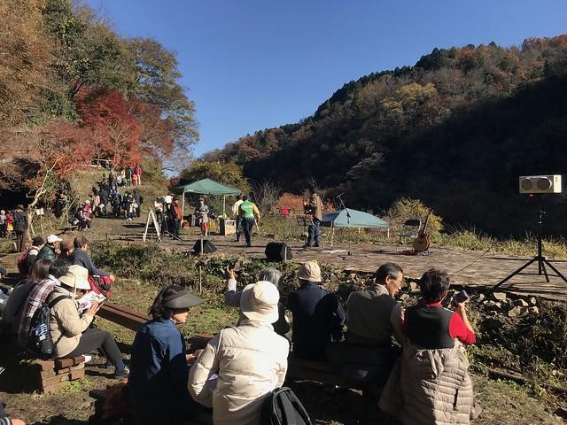 愛岐トンネル群 レンガ広場 野外ステージ
