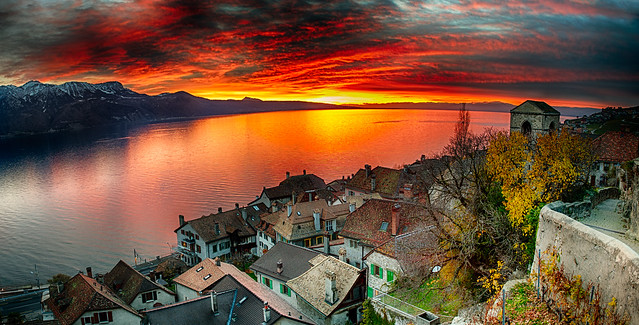 Sunset on Saint Saphorin