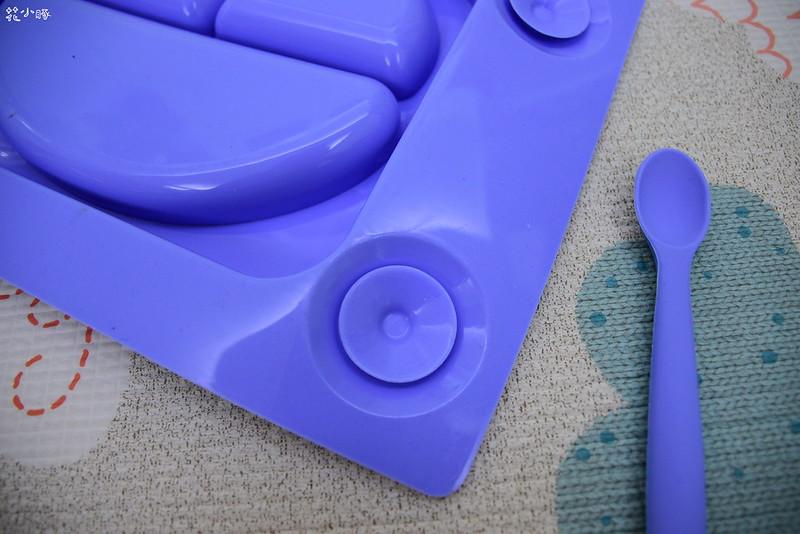 easymat餐盤防拔嬰兒餐具吸盤嬰兒餐具推薦嬰兒副食品餐具推薦EasyMat防滑矽膠餐盤 (3)