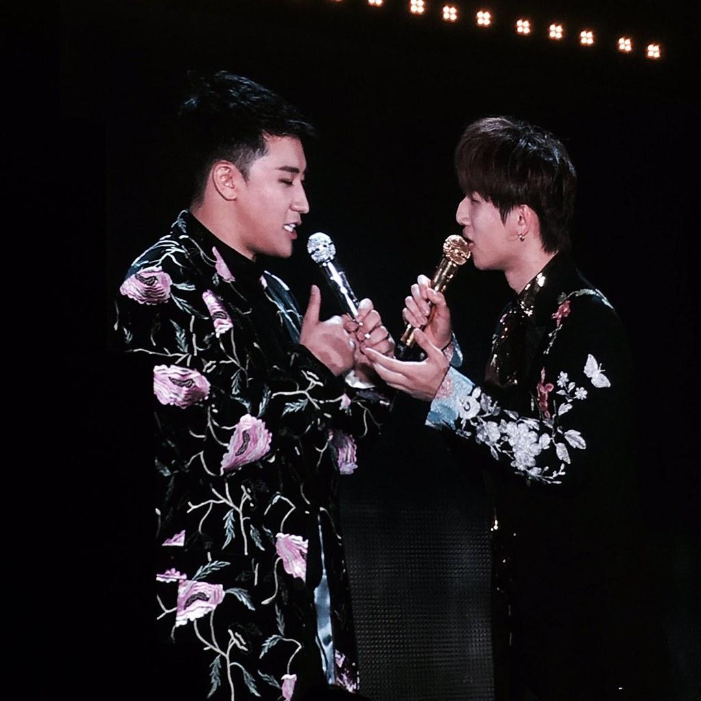 BIGBANG via l_ovelyGD - 2017-12-30 (details see below)