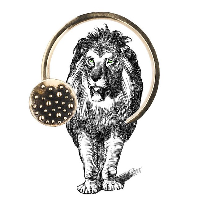 This is no thorn in the side of my lion it's a shawl pin! First batch of the small version sold out but more on the way!