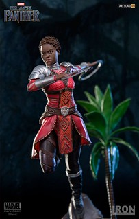 「你要決定,你要成為哪種國王」Iron Studios Battle Diorama 系列《黑豹》娜奇雅 Nakia 1/10 比例決鬥場景雕像作品