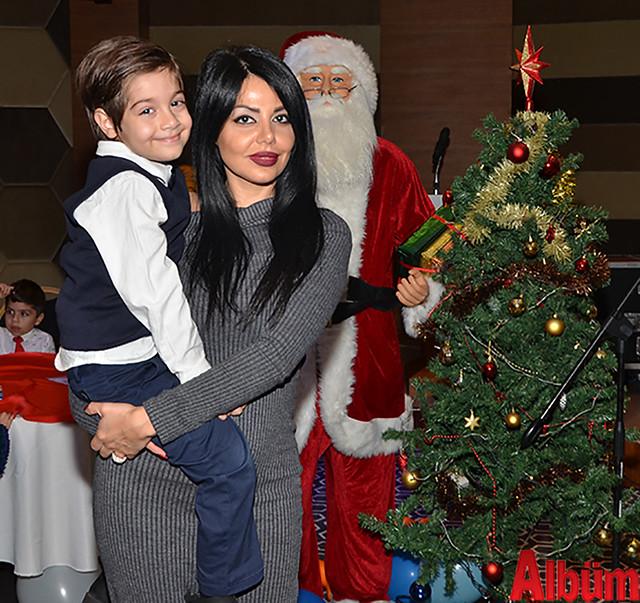 Donoush Nazaralikhan ve oğlu oldukça keyifli bir gün geçirdi.