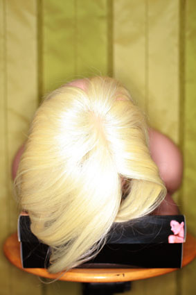 Darina_termo_platin_blonde_e