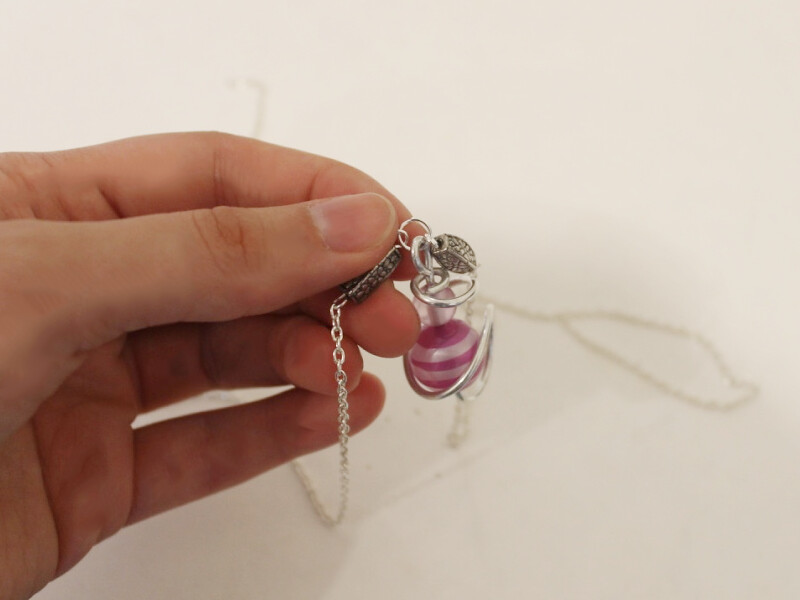 attaching ends end charm