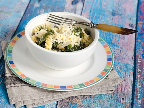 Grünkohl-Pasta mit Thymian-Ziegenfrischkäse (2)