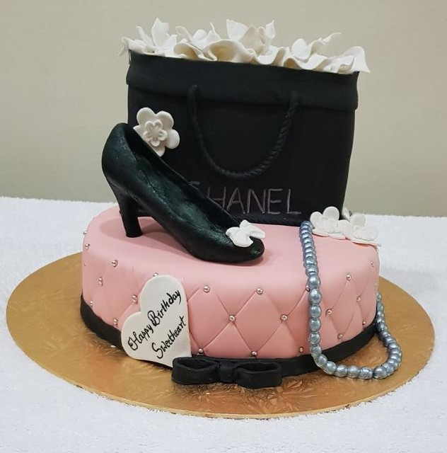 Chanel Themed Cake by Anju Philip of The Cakesmith