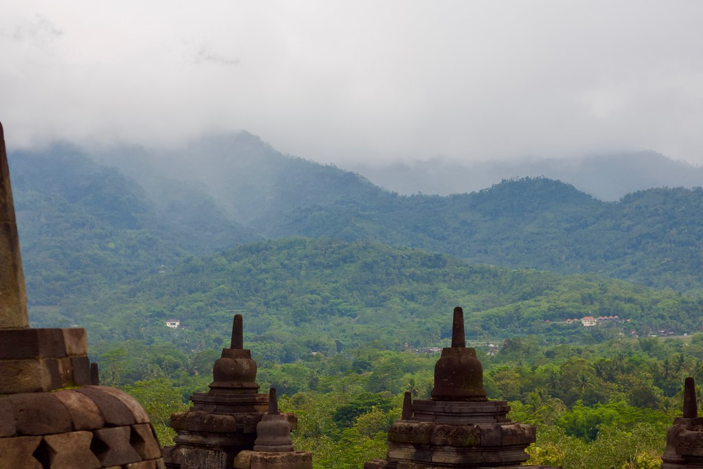 java center buddhist singles Explore borobudur holidays and discover the best time and places to visit | along with angkor wat in cambodia and bagan in myanmar, java's borobudur makes the rest of southeast asia's spectacular sites seem almost incidental.