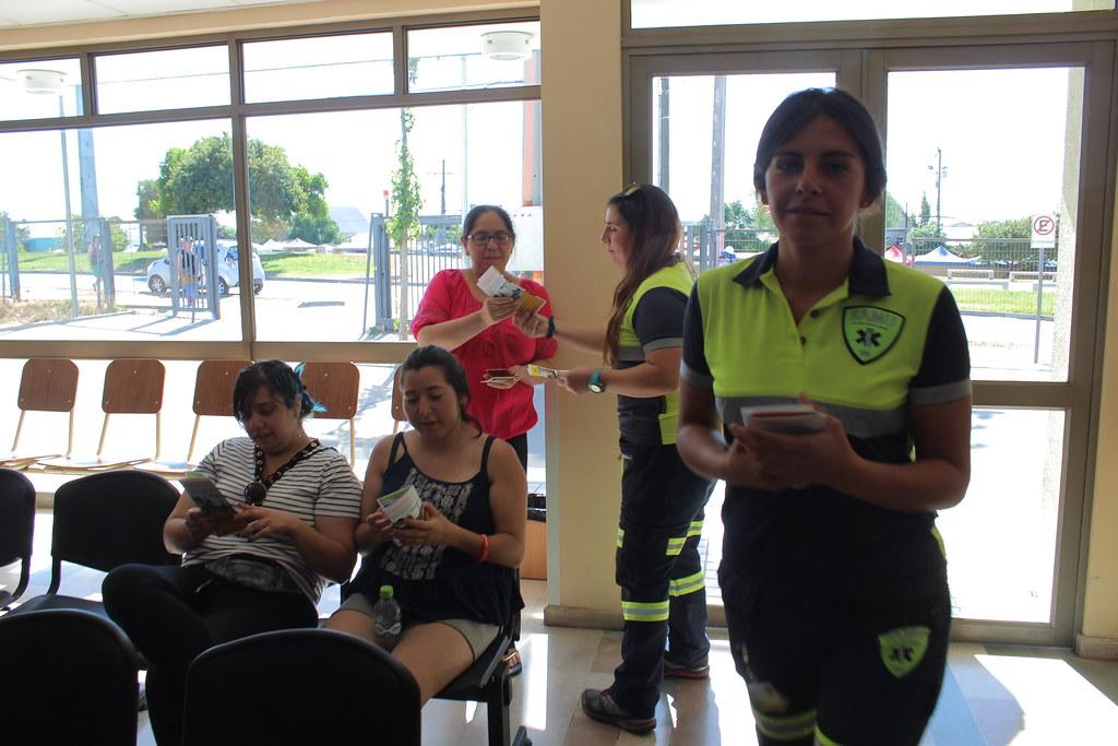 Capacitación de RCP Sólo Manos a usuarios del SAR E. Sofía Pincheira, en Cerrillos