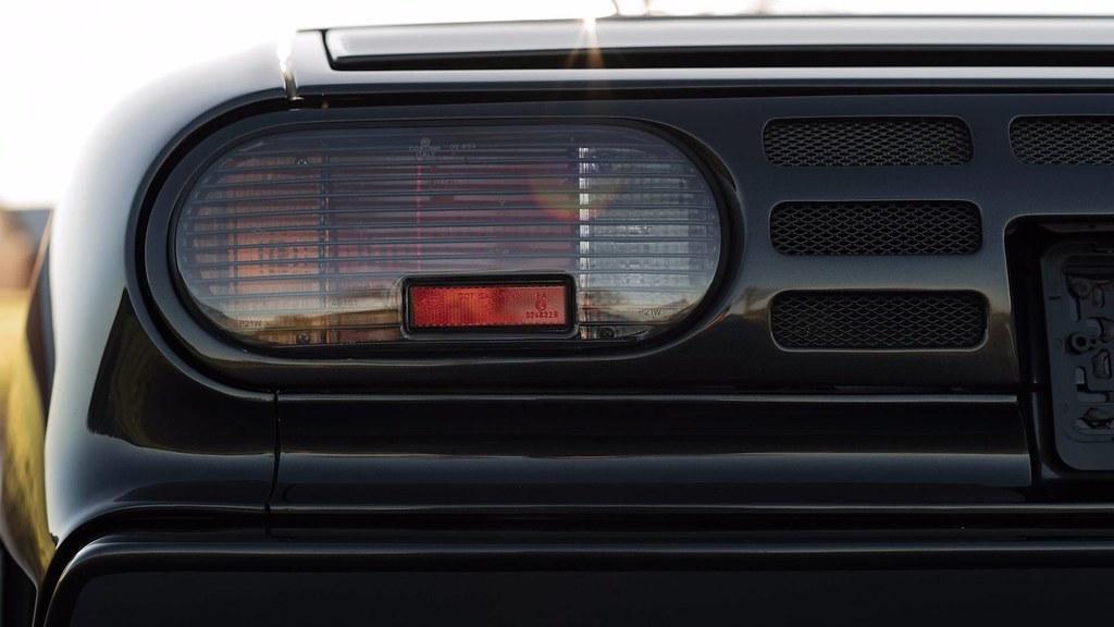 1993-bugatti-eb110-auction (6)