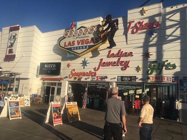 Las Vegas t-shirt store