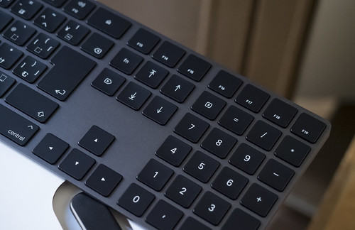 Apple Magic Keyboard_01