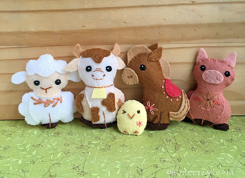 Felt Farm Animal Pattern