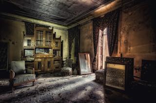 La villa degli specchi...fragilimemorie.com